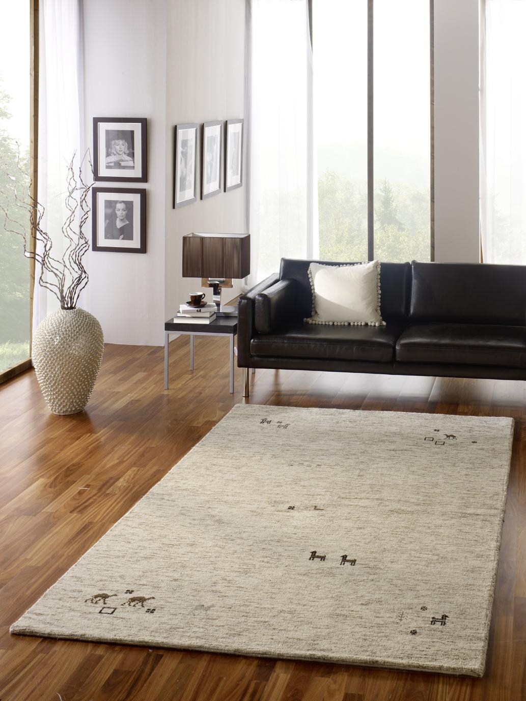 Gabbeh teppich  Was macht die Ziege auf dem Gabbeh Teppich?Global-Carpet